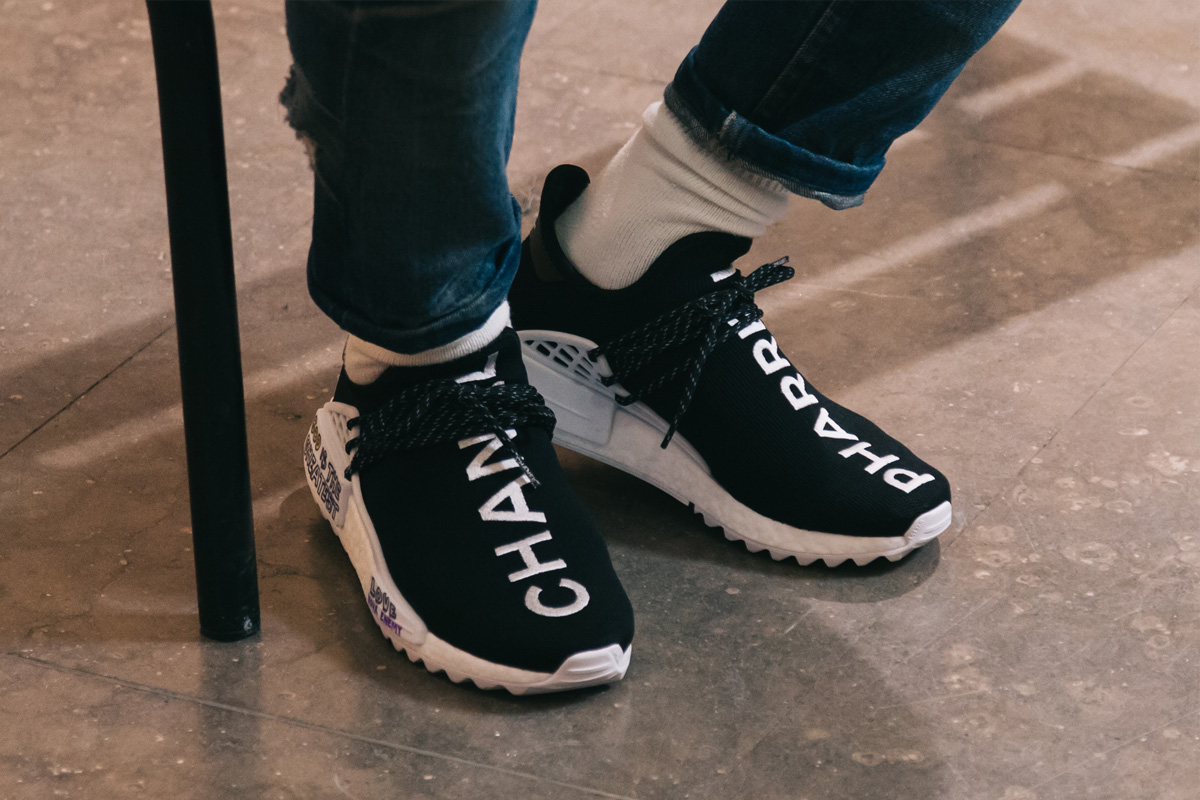 Sede Especificado sonriendo  These Chanel x Adidas x Pharrell trainers will set you back S$54,000