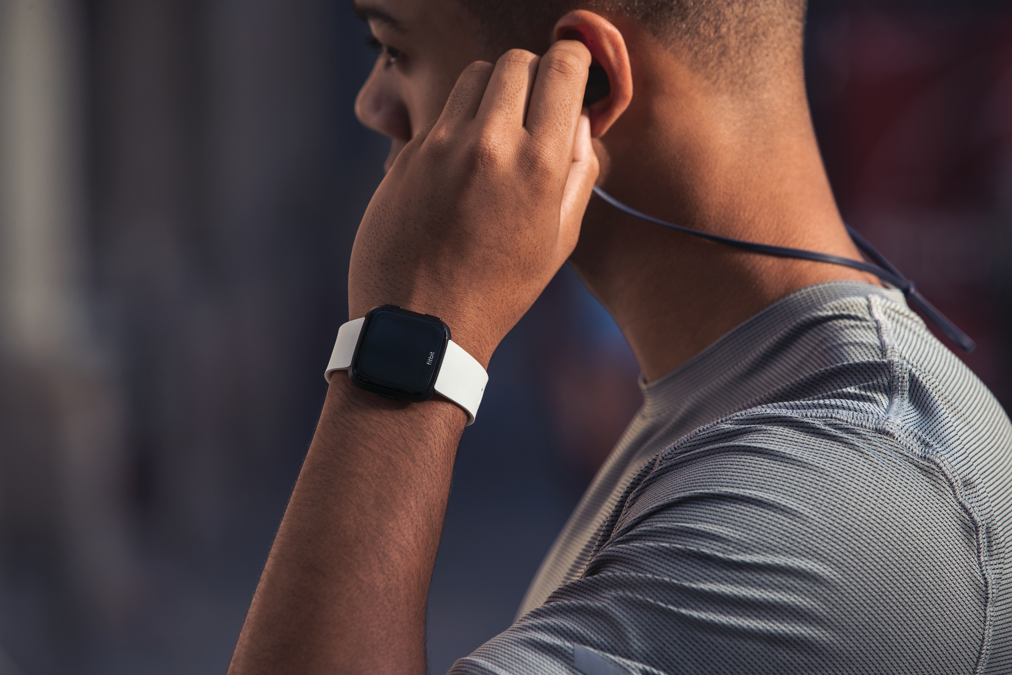 The new Fitbit Versa is the healthiest wearable for smartwatch enthusiasts