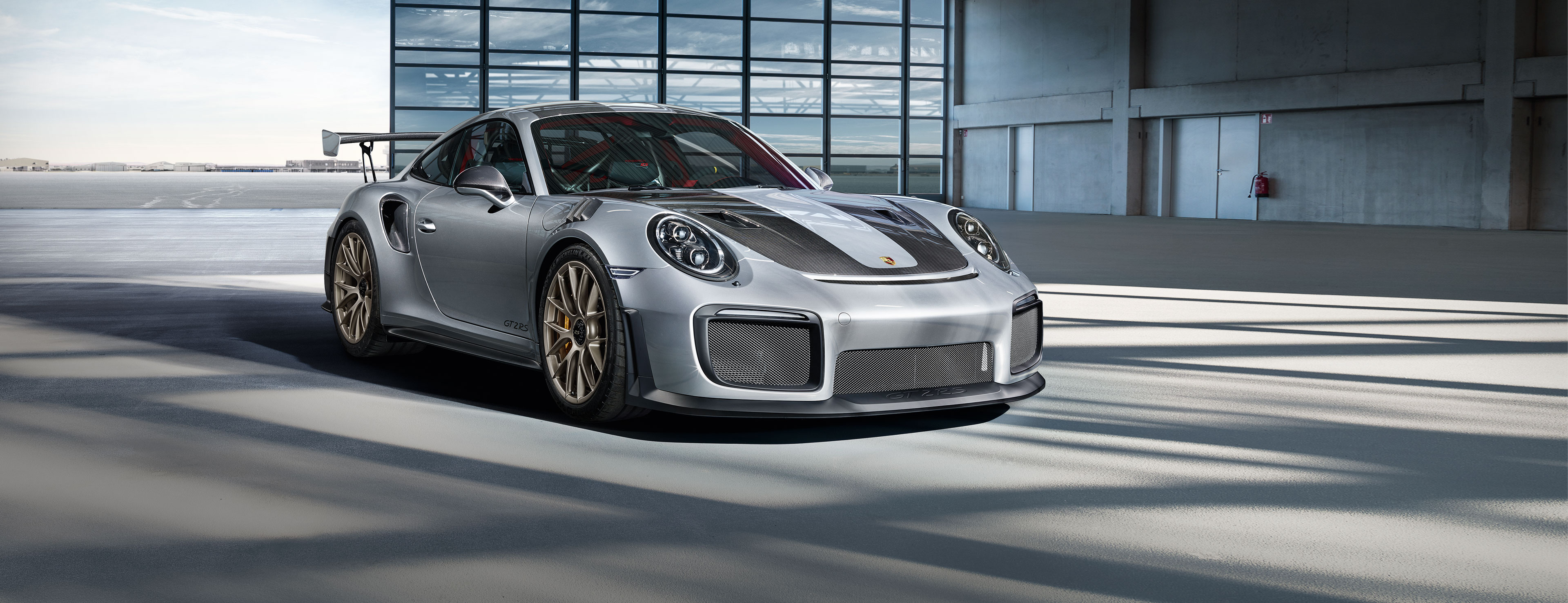 The iconic Porsche 911 GT2 RS returns after a six-year hiatus