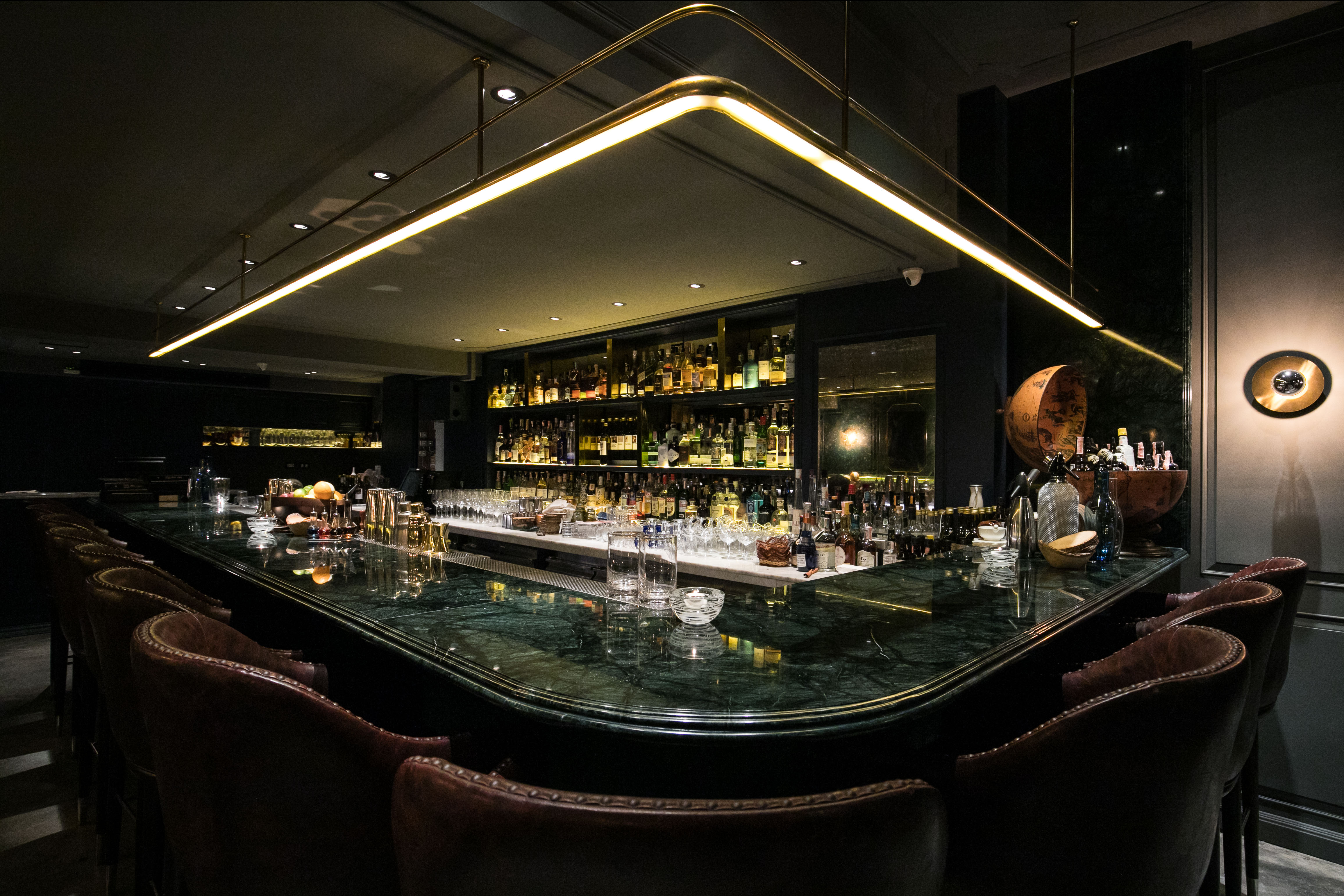 Bar Review: Vesper Cocktail Bar and The Art Book