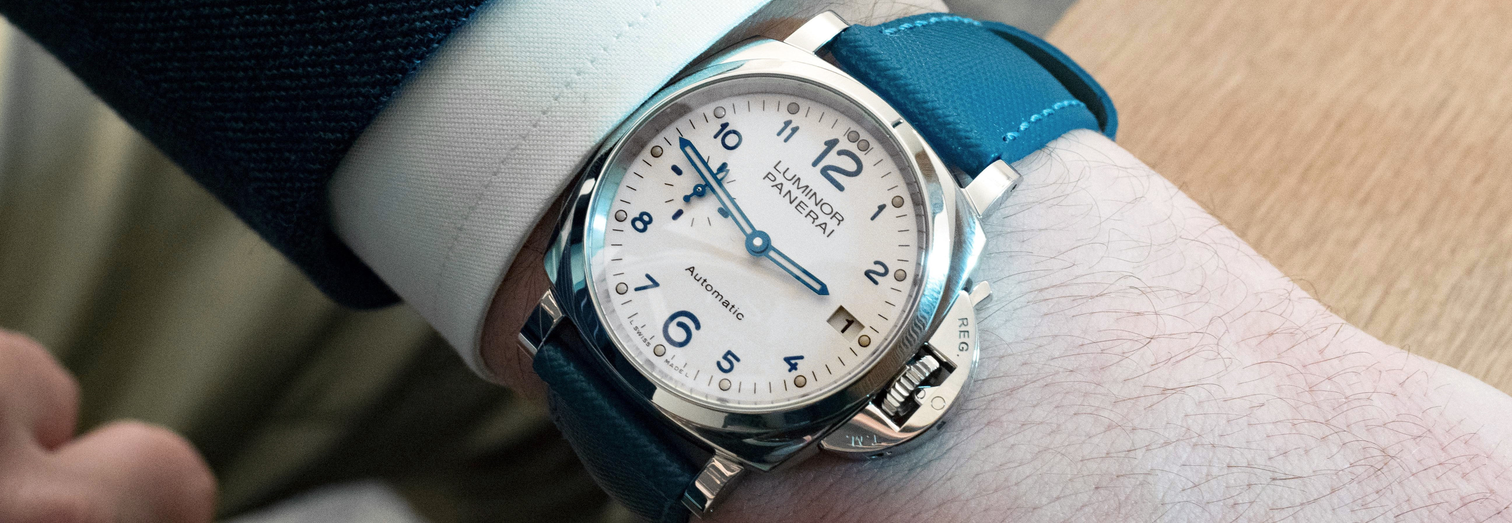 Small-faced men's watches are coming back in trend