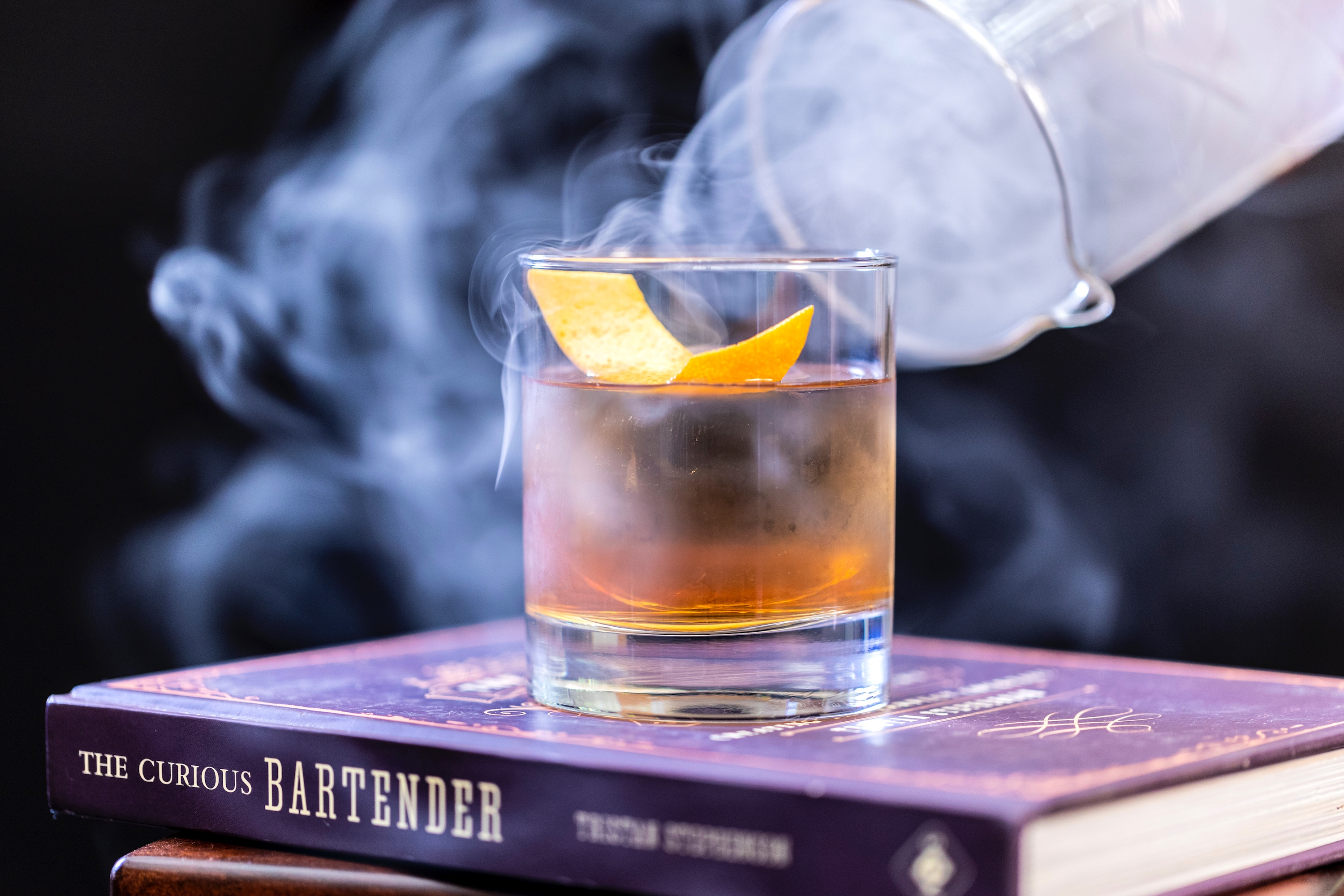 10 books every cocktail lover should own