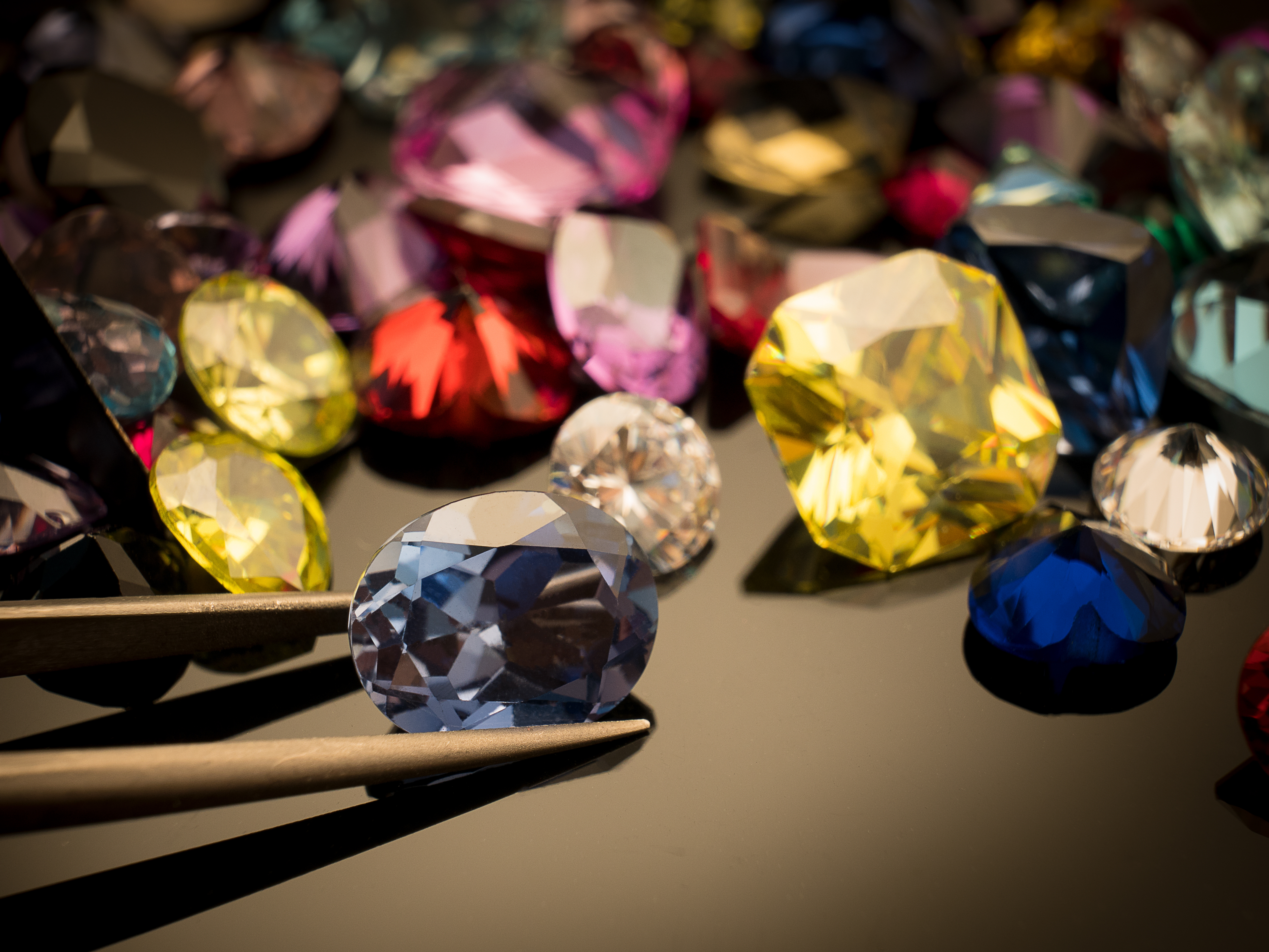 This is what you need to know before you buy your first coloured diamond