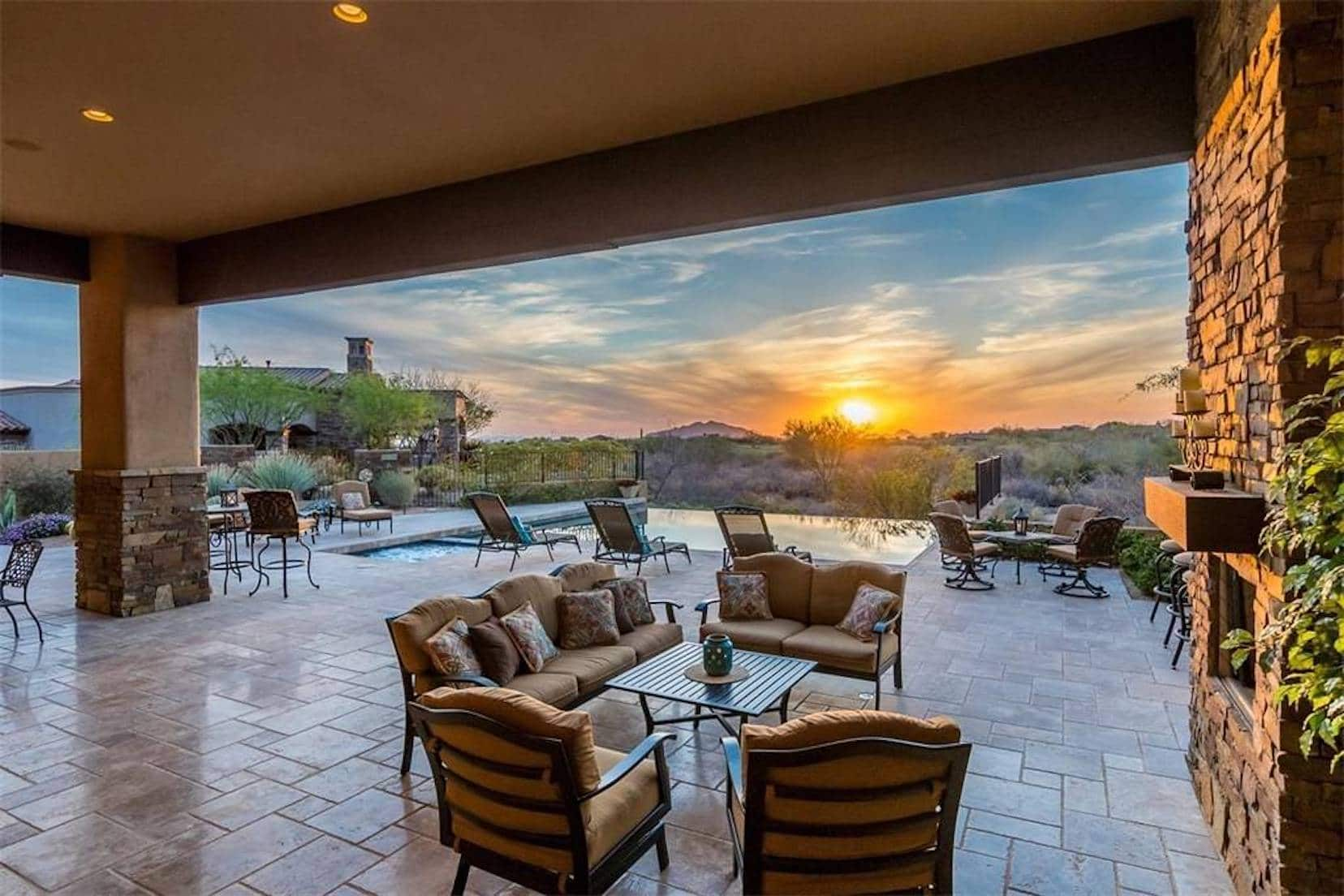 Trade-in #4: a private golf course amidst the high Sonoran desert (4-bedroom house included)