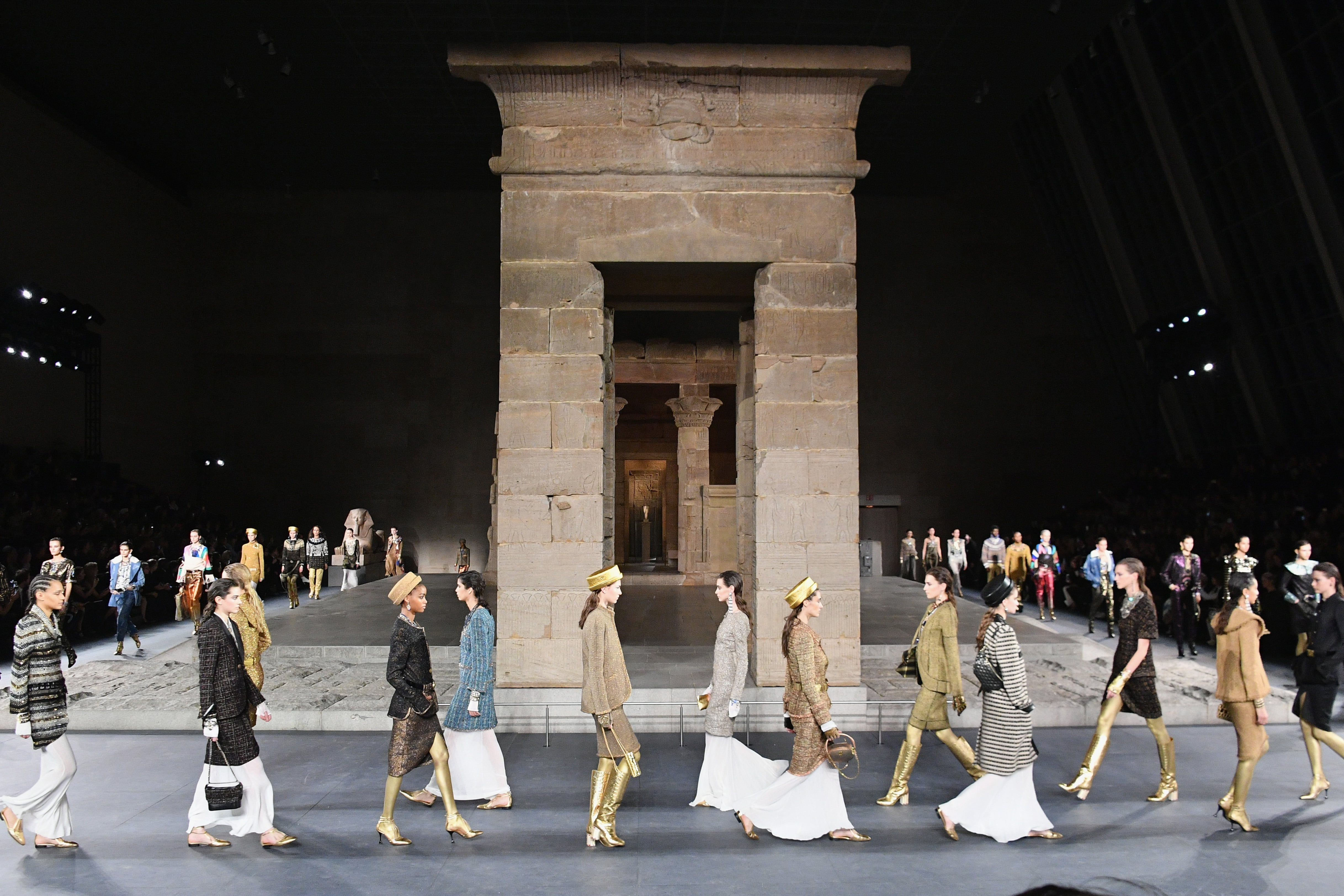 Chanel conjures up ancient Egypt for his latest Métiers d'Art show