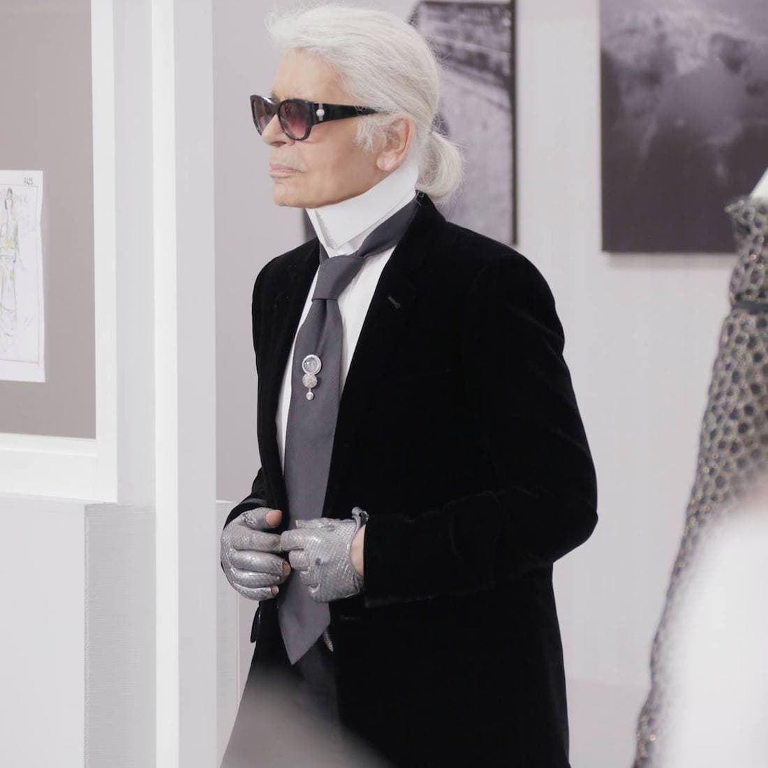 Pair Jewellery with a Suit: Chanel