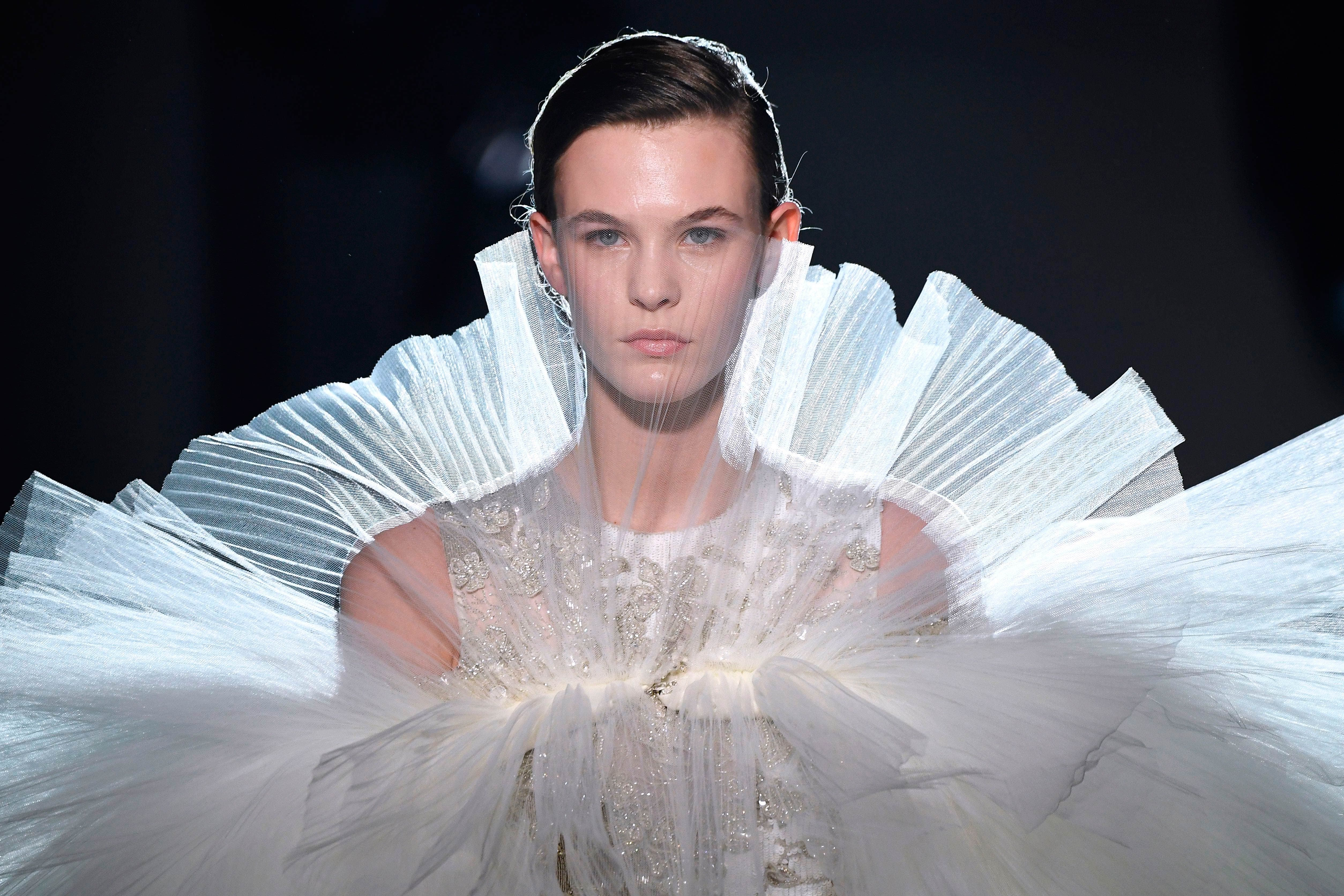 Here's everything gorgeous from Day 1 of Paris Couture Week Spring Summer 2019