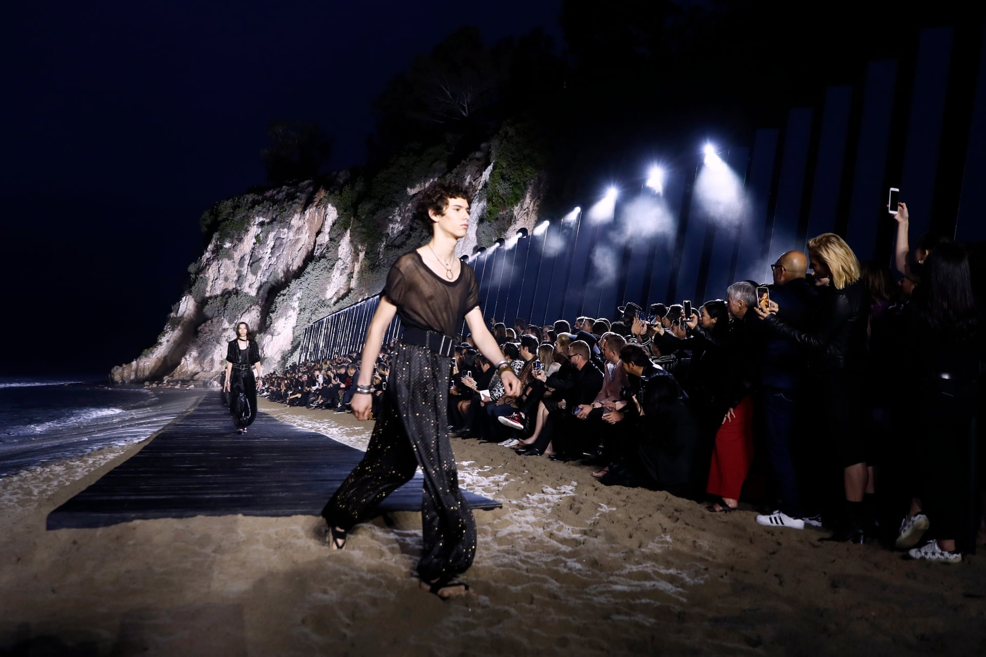 Fashion digest: YSL held show in L.A, Marc Jacobs and Miley teamed up…