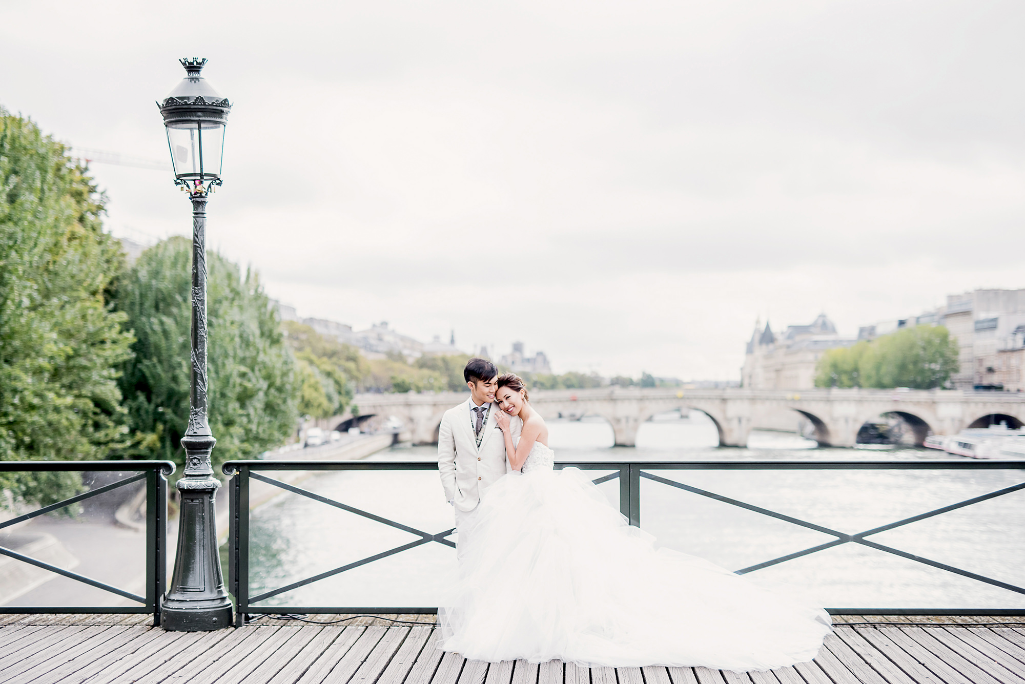 These are the prettiest places for a wedding proposal in Paris