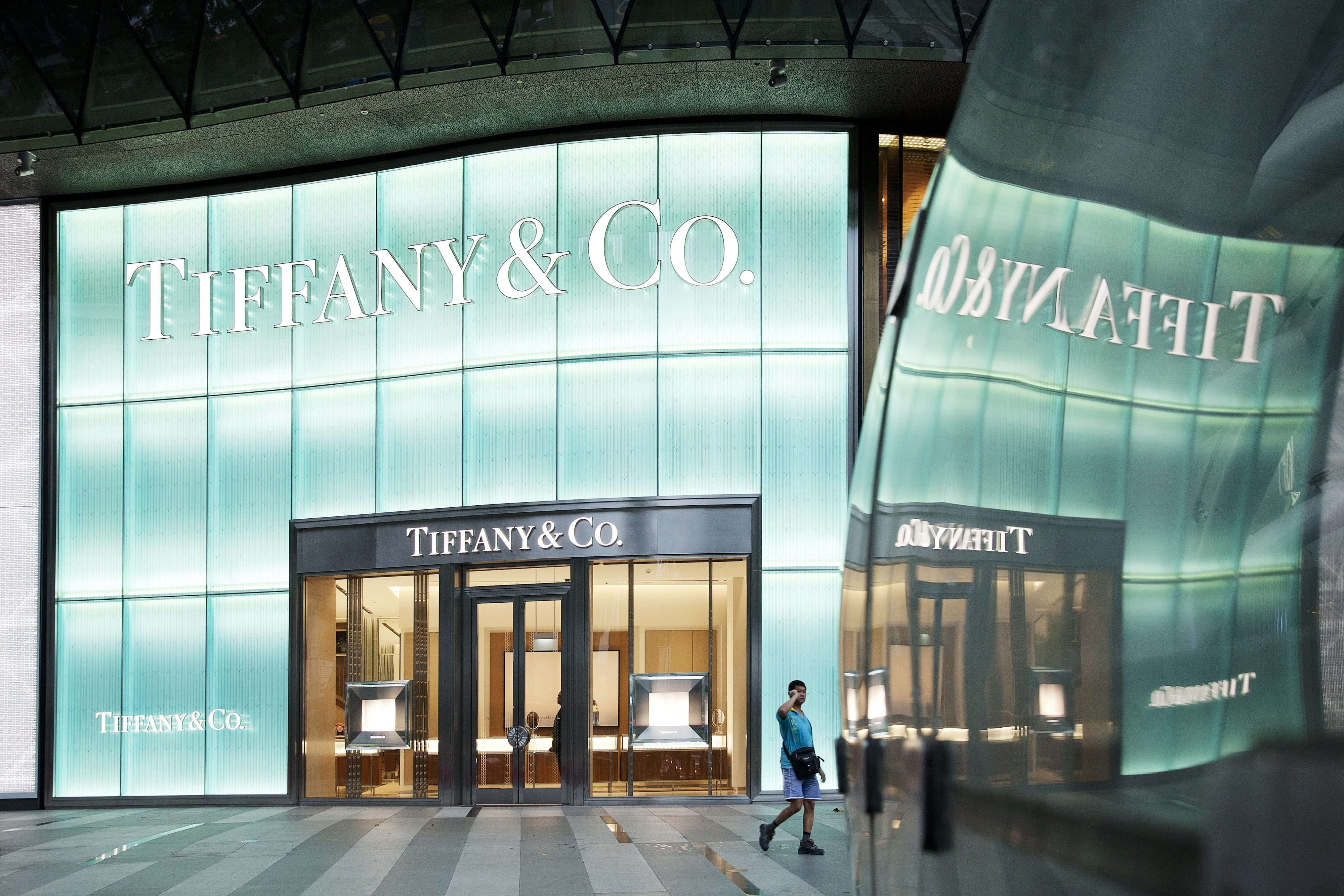 Tiffany's ventures into Men's jewellery to conquer emerging market