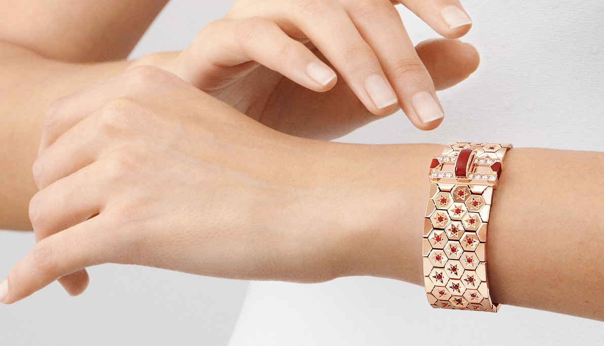 Van Cleef & Arpels honours the iconic 1934 Ludo bracelet with new collection
