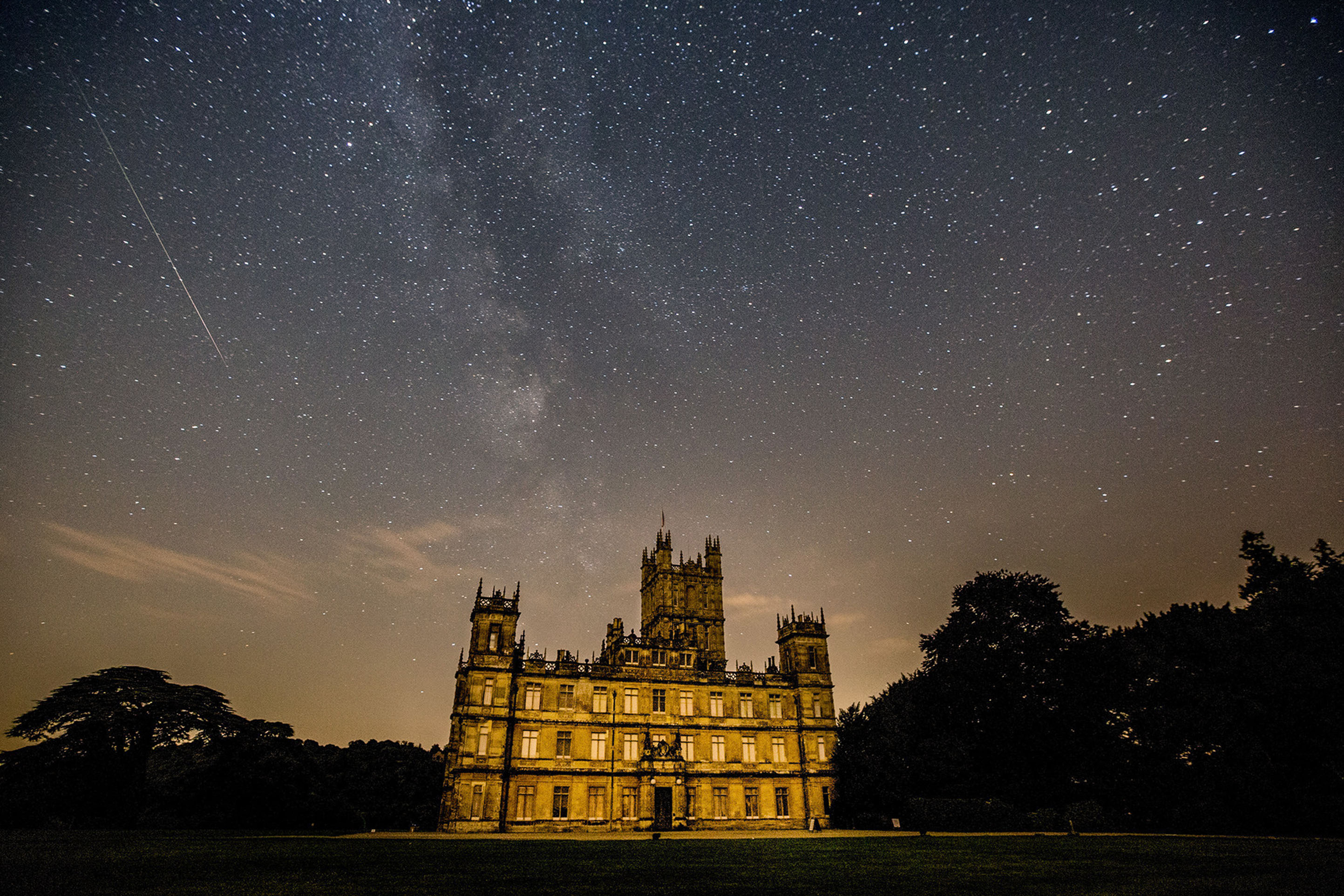 You can now spend one night in Highclere Castle, the real-life Downton Abbey