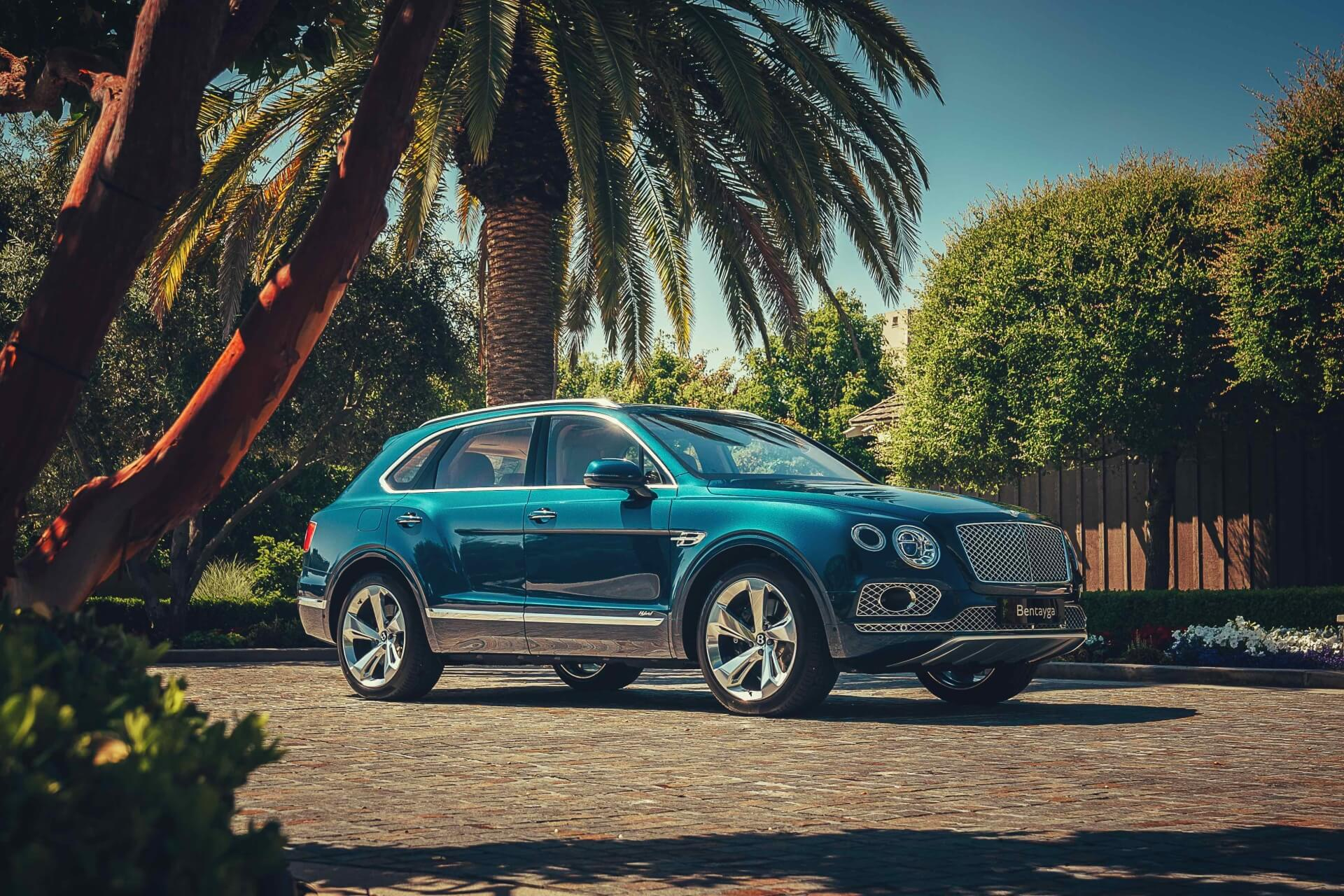 """Bentley launches Bentayga Hybrid, """"the world's first true electrified luxury car"""""""