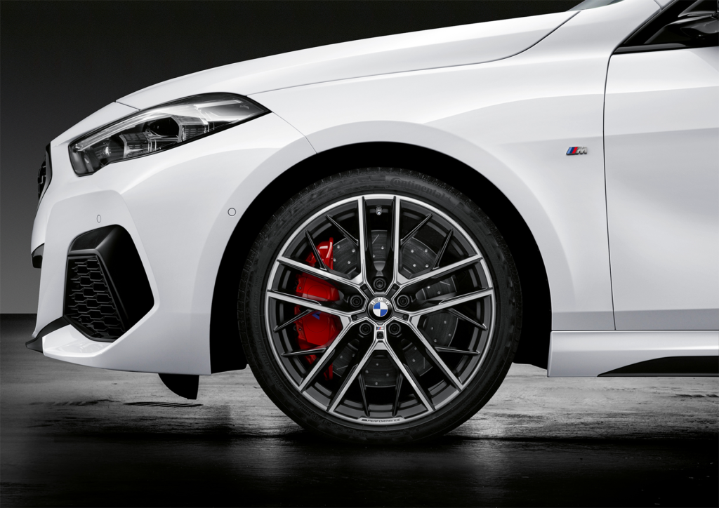 Wheels: two brand new sets are available; an 18-inch set with Y-Spoke Styling or 19-inch set with Double Spoke Styling