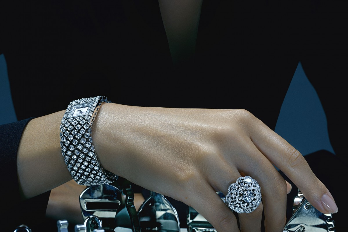 Cartier, Van Cleef & Arpel and Chanel: 3 cult jewelleries to invest in