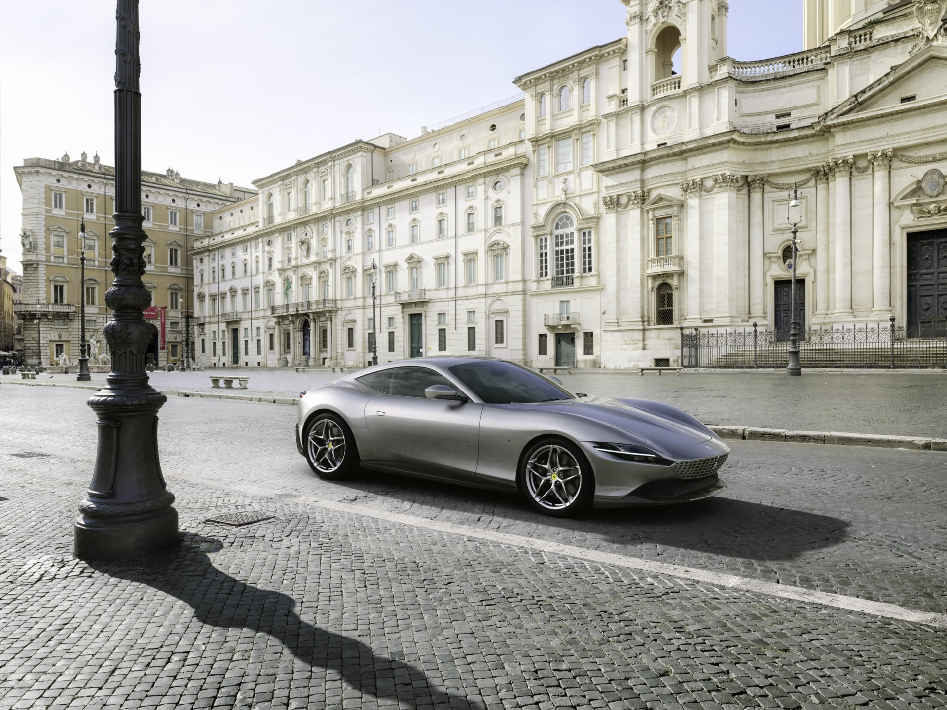 Ferrari unveils the Roma, a powerful mid-engine coupe inspired by Rome
