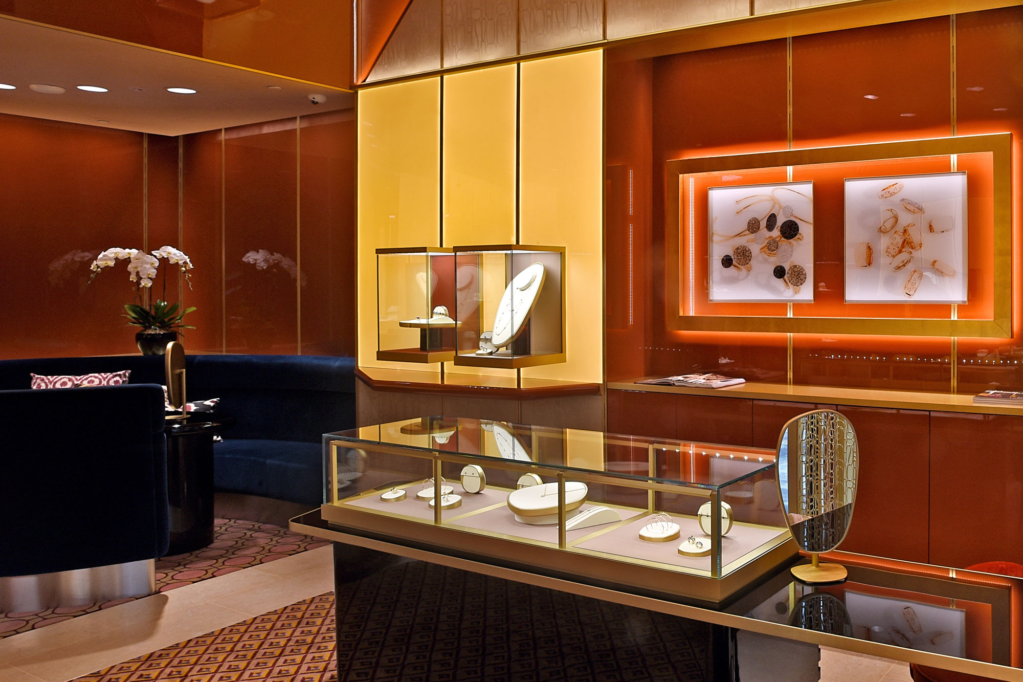 Store Explore Pomellato Re Opens Its Flagship Boutique At Mbs