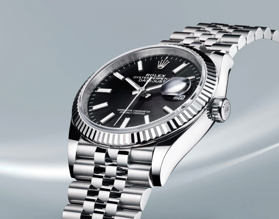 These are the most iconic luxury watches worn by James Bond