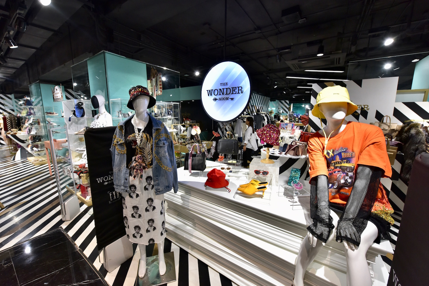 Dress to Party: where to get your next best fashion-forward looks at Siam Center