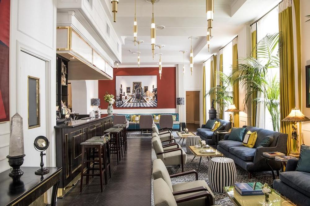 Get lost in the Eternal City at... Hotel Vilòn
