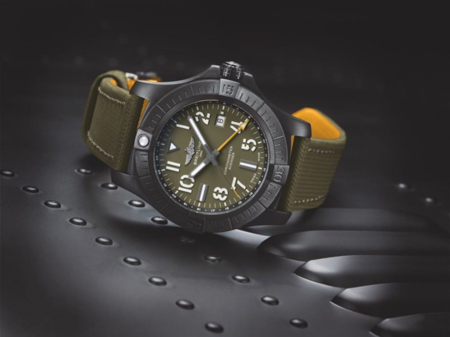 breitling-khaki-green-Avenger-Automatic-GMT45NightMission