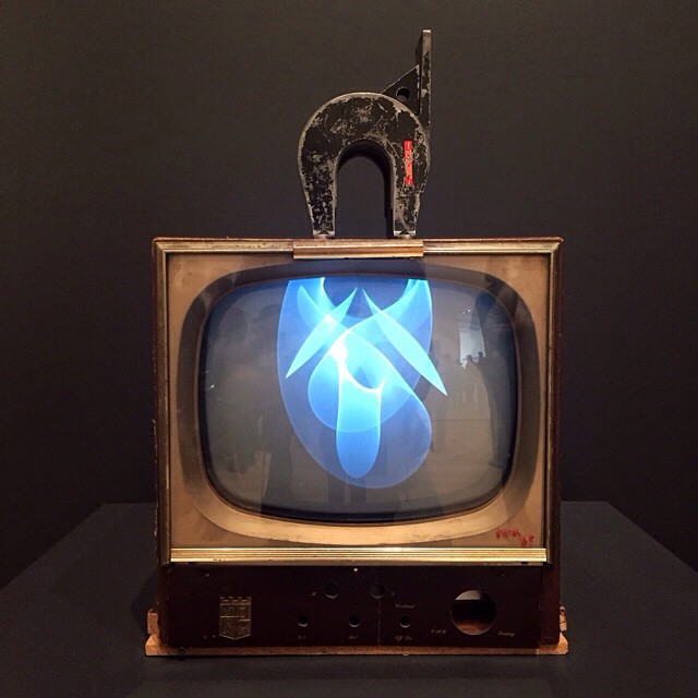 Nam-June-Paik-TV