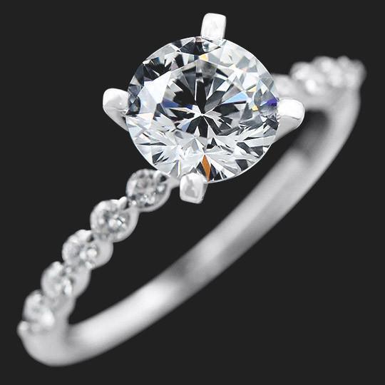 Willow engagement ring, Miadonna (Photo credit: Miadonna)