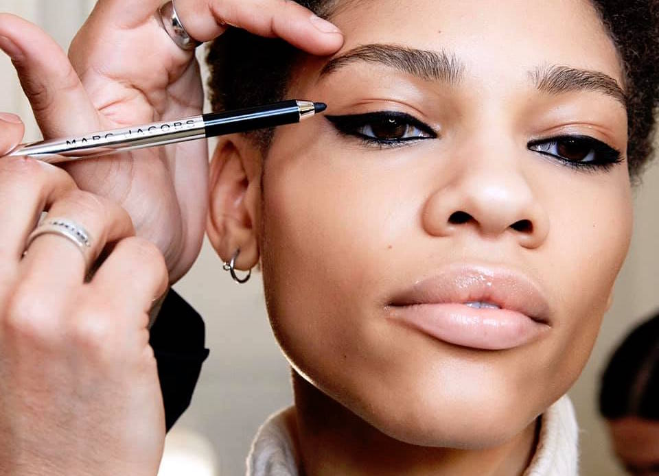 The 6 best eyeliners for cat eye makeup