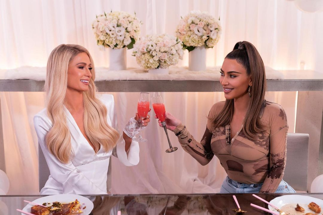 'Cooking with Paris' on Netflix: 6 ways to dress like Paris Hilton on the show