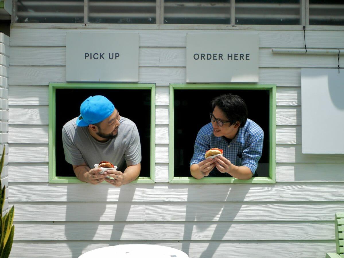 New York meets Bangkok with this #NYBKK Bagel collab between 3 foodies