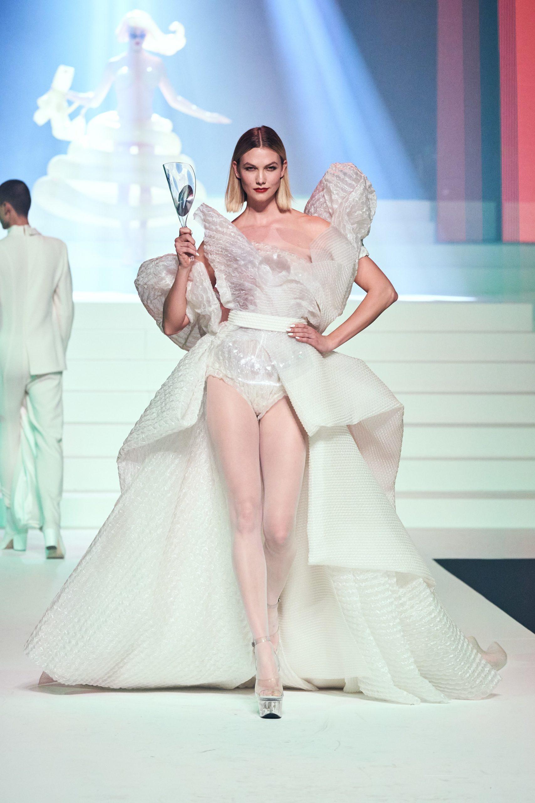 Karlie Kloss at Jean-Paul Gaultier SS20 Haute Couture (Photo credit: Jean-Paul Gaultier)