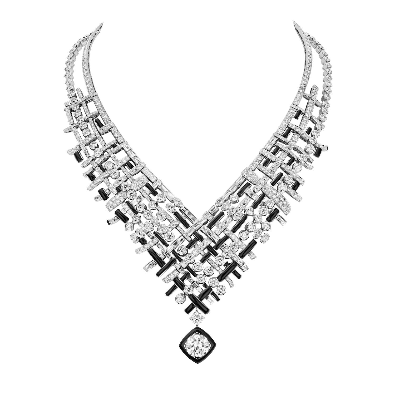 Tweed Graphique Necklace (Photo credit: Chanel)