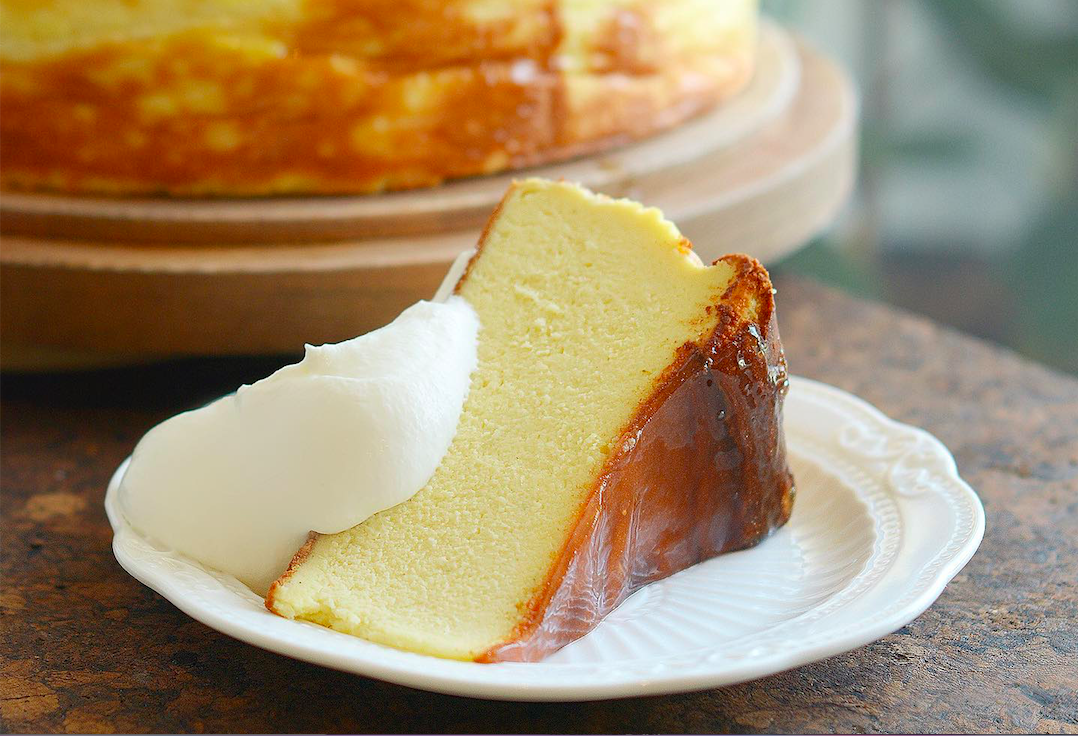 Fluffed Cafe shares their best-selling Vanilla Burnt Cheesecake recipe