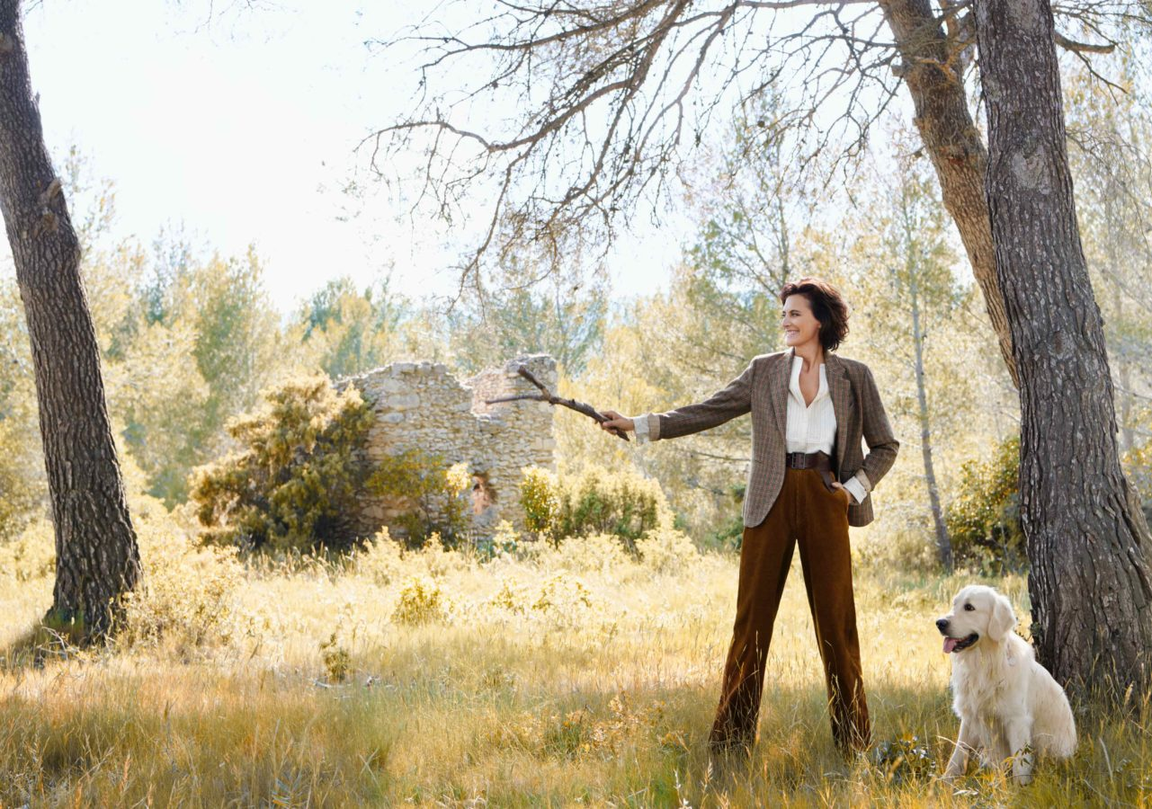 Uniqlo is bringing back the 70s with yet another Ines de la Fressange collection