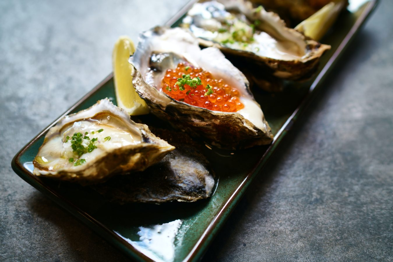 Seafood delivery in KL: Where to get the freshest oyster, tiger prawn and salmon