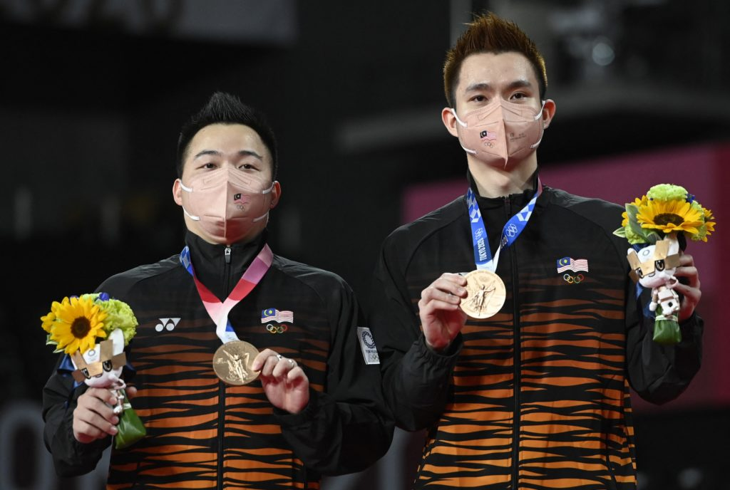 Aaron Chia and Soh Wooi Yik win bronze medals for Malaysia at Tokyo Olympics