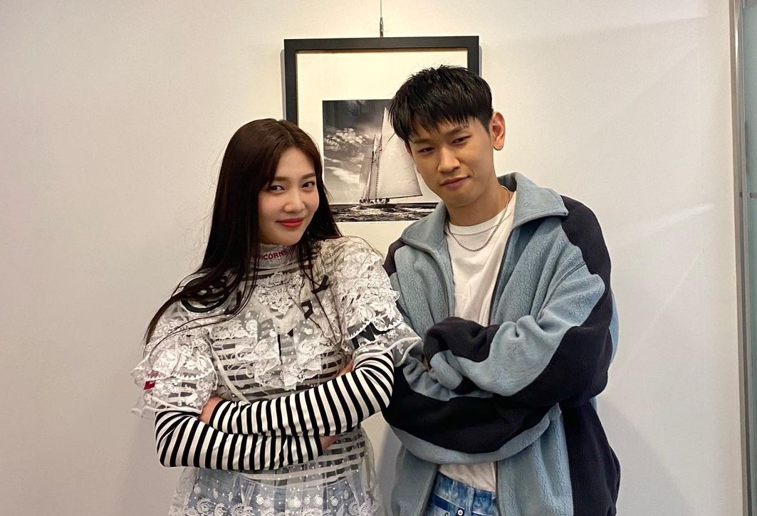 K-pop celebrities who are dating each other