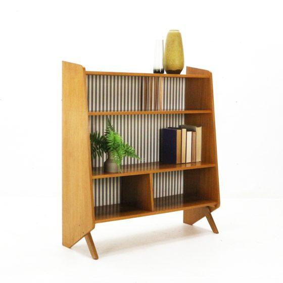 Step four: Make your shelves pop