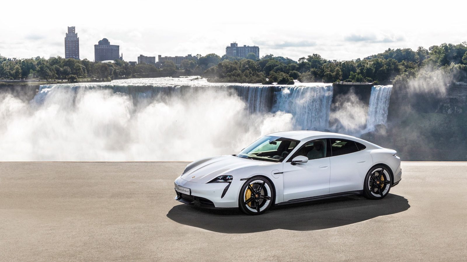 5 lesser-known facts about the 2020 Porsche Taycan to know