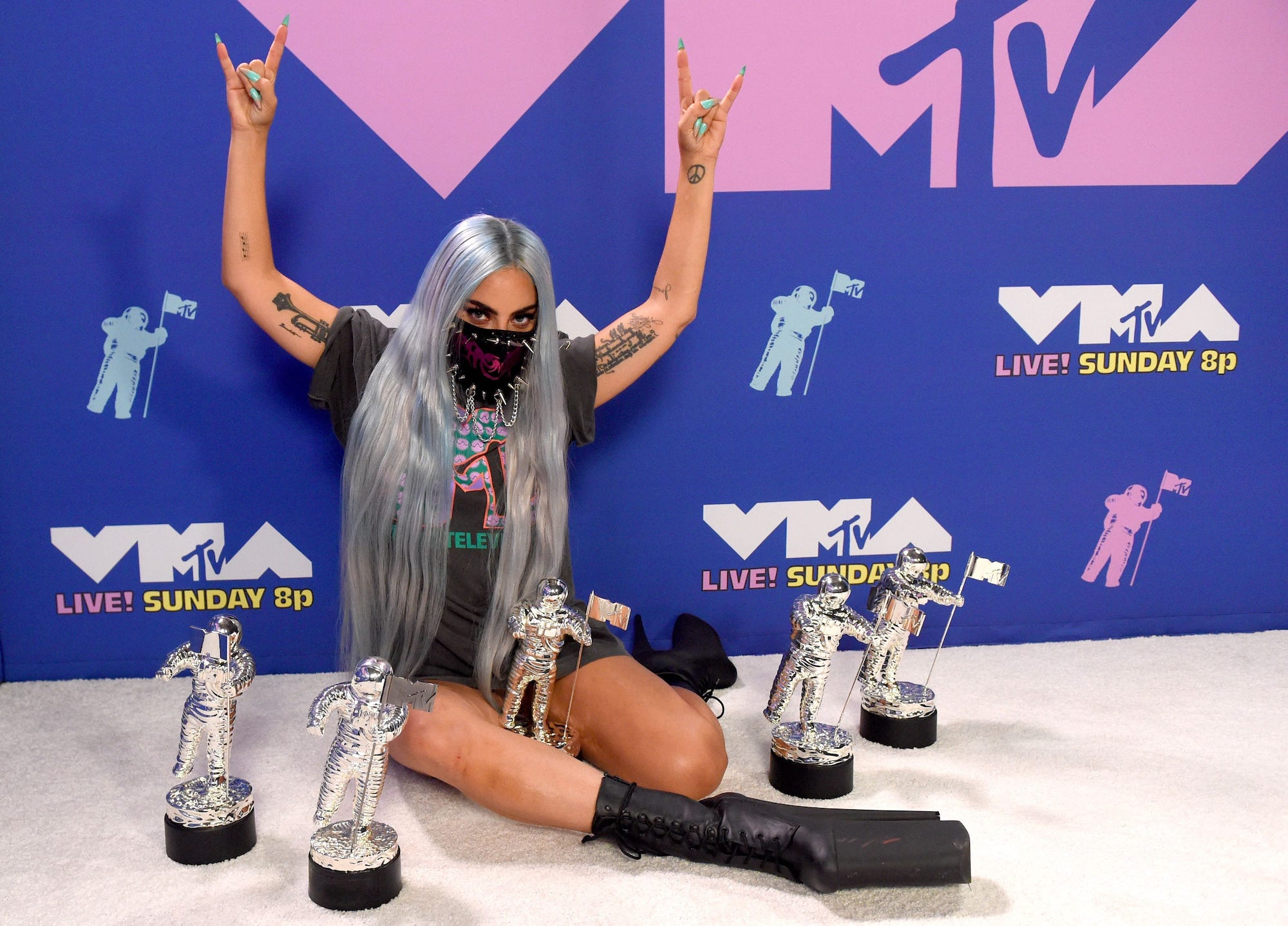 Lady Gaga with all five of her Moonman trophies at the MTV VMAs 2020. (Photo credit: Getty Images)