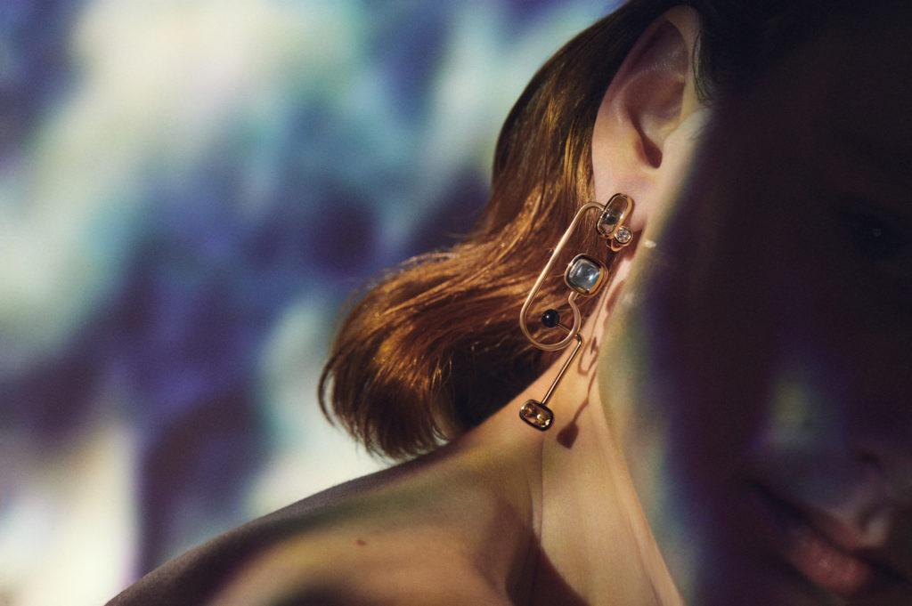 À l'écoute mono earring in rose gold with quartz, tourmaline, topaz and black jade. (Photo credit: Hermes)