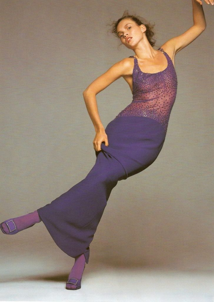 Kate Moss in the Versace F/W 1996 campaign. (Photo credit: Richard Avedon / Versace)