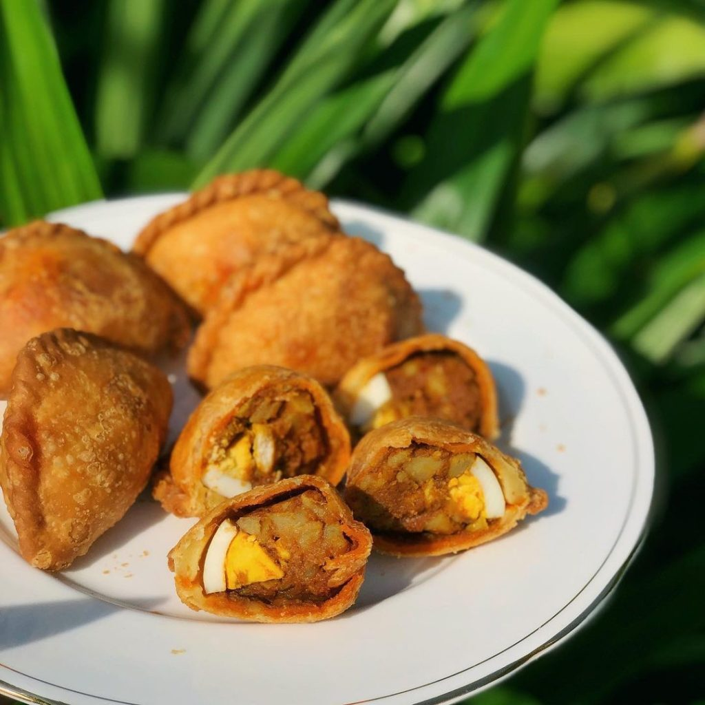 Rolina Traditional Hainanese Curry Puff