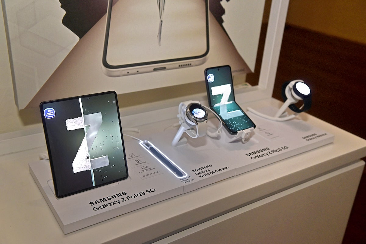 Samsung Z Night Runway marries fashion with the new Galaxy Z Flip and Fold 5G phones