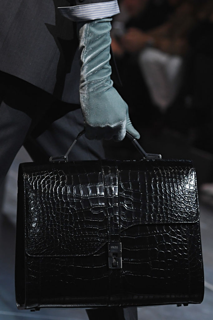 Bag Trends For Men That You Need To Know About This Season