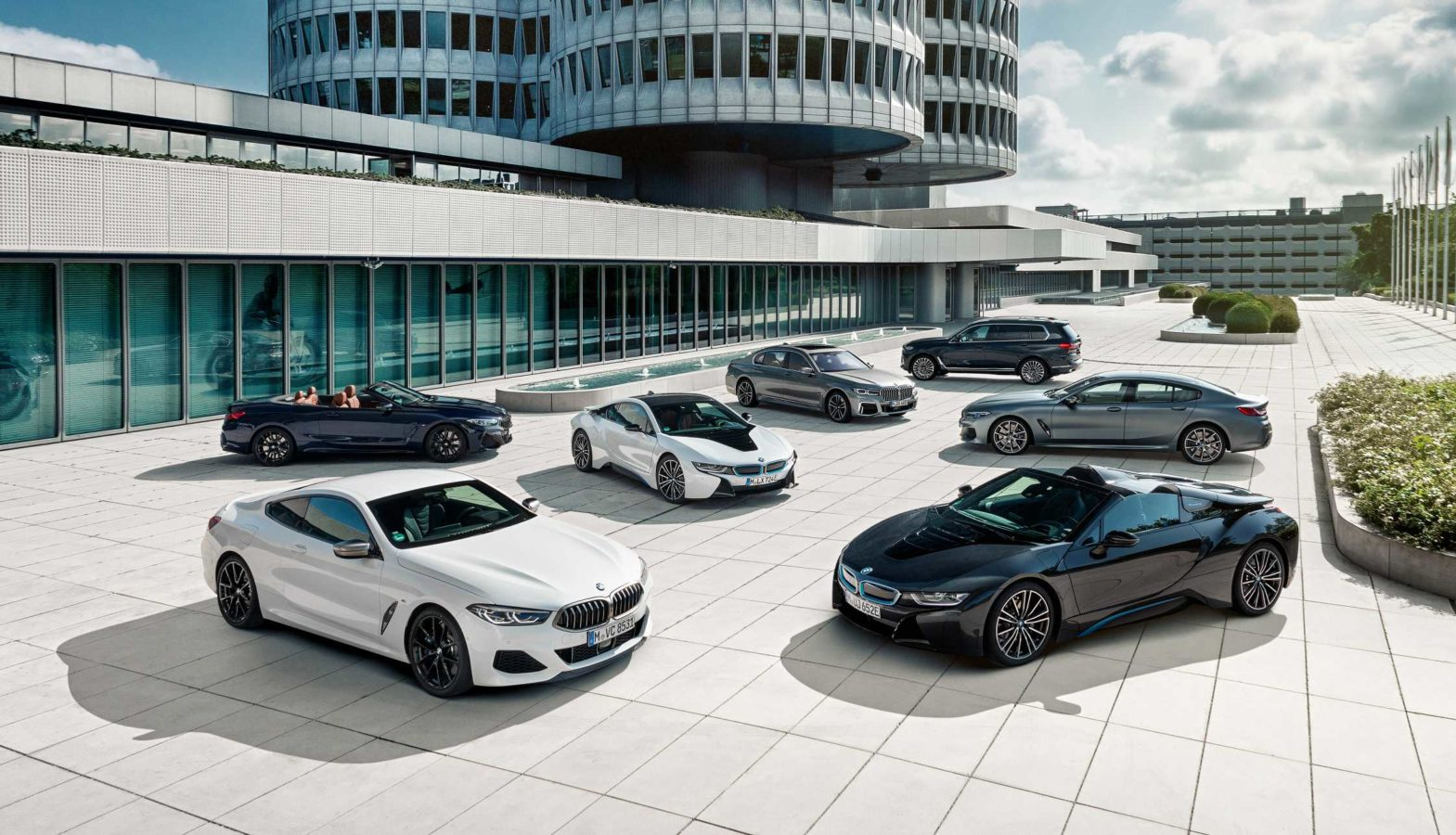 You can now book a brand new BMW online, here's how