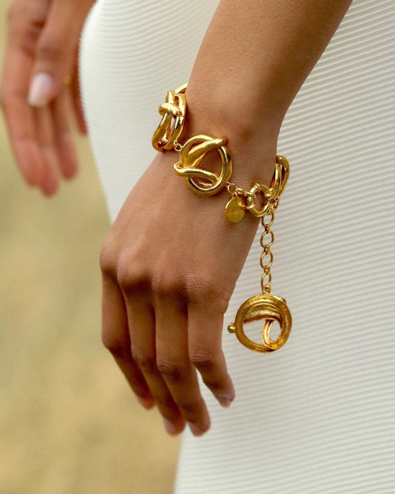 Stunning statement bracelets for your everyday look