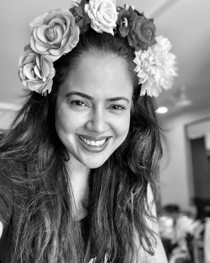 Actress Sameera Reddy's 10 rules to stay confident and authentic on social media