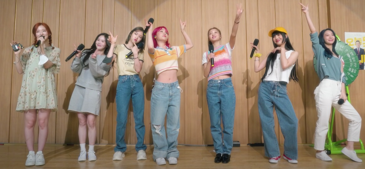 BLACKPINK to TWICE: 11 most popular K-Pop girl groups to listen to now