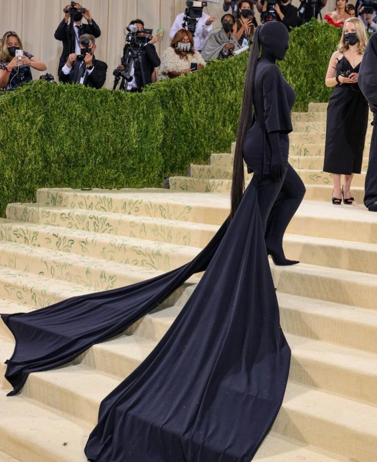 Kim K's covered face, and other sightings from the Met Gala 2021 red carpet